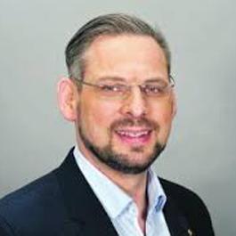 Tim-Peter Henrichs