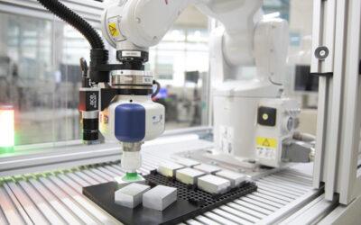 Roboter: Planen in der Cloud und Umsetzen mit Automatisierungs-Baukasten